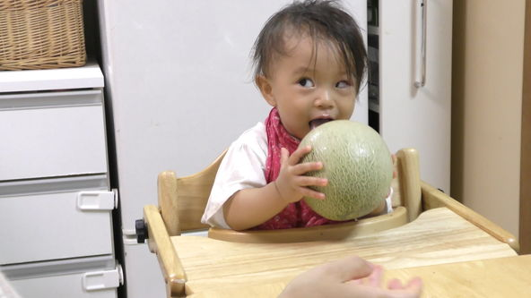 Cute and Funny Baby Eats Whole Melon. This is not a melonpan(melon bread).